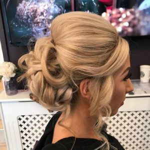 Amore Health & Beauty Up-Do Hair Style